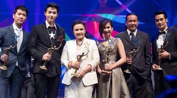 มาริโอ้-ป๊อก คว้านักแสดงแห่งปี ด้านเจมส์ จิ คว้าขวัญใจมหาชน จาก ไนน์เอ็นเตอร์เทน อวอร์ด 2014 (คลิป)