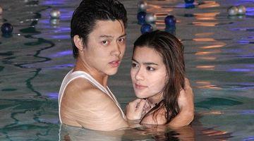 หมาก-คิม เคลิ้มกอด ว่ายน้ำแข่งกันในสระ