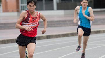 เฟิสต์ ทุ่มสุดชีวิต ลงแข่งวิ่ง หวังเป็นที่ 1 ตัวแทนโรงเรียนนาดาว