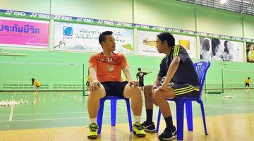 โค้ชเป้ เบื้องหลังความสำเร็จของ เมย์ – รัชนก นักกีฬาแบดมินตันมือหนึ่งของไทย
