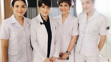 อ้อม เจี๊ยบ พิม แป้ง สวมบทหมอ-พยาบาล ใน เราเกิดในรัชกาลที่ ๙ เดอะซีรี่ย์