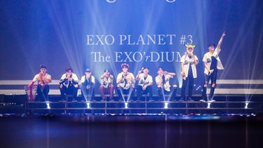 (คลิปมาแล้ว!) EXO ระเบิดความสนุก ประเดิมทัวร์แรกในไทย กับ EXO Planet #3 - The EXO'rDium - in Bangkok