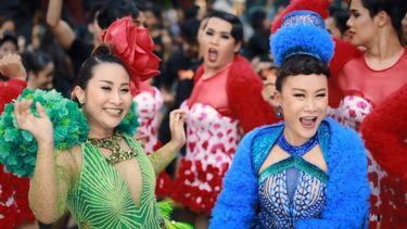 ลูลู่ - ลาล่า อาร์สยาม จัดเต็ม สามช่า EDM โศก สาด สาด เพลงพิเศษรับเทศกาลสงกรานต์