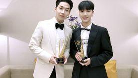 เตนล์ ชิตพล NCT - HENRY คว้ารางวัลจากงาน Thailand Headlines Person of the year award 2016-2017