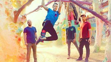 Coldplay ปล่อย EP Album Kaleidoscope มาให้แฟน ๆ ได้ฟังกันแบบไม่รู้เนื้อรู้ตัว