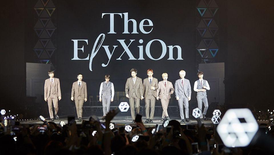 """ราชาแห่งเค-ป๊อบ 'EXO' เนรมิตสรวงสรรค์ในคอนเสิร์ต """"EXO PLANET #4 – The EℓyXiOn – in BANGKOK"""""""
