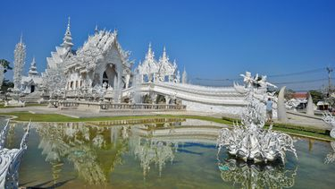 วัดร่องขุ่น ภาพวาดแห่งสถาปัตยกรรม สวรรค์แห่งศิลปะ เชียงราย
