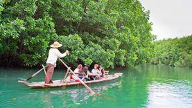 ชวนชิลล์ล่องเรือ กอนโดล่าเมืองไทย ที่บ้านสลักคอก เกาะช้าง