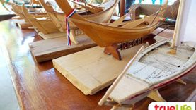 เที่ยวเชิงอนุรักษ์ เรือจำลองวิถีอันดามัน กลุ่มผลิตเรือหัวโทงจำลองชุมชนบ้านเกาะกลาง กระบี่