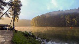 ล่องแพลำน้อย ชมทะเลสาบสายหมอก ณ ปางอุ๋ง ดื่มด่ำธรรมชาติแสนบริสุทธิ์ของแม่ฮ่องสอน