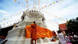 งานห่มผ้าพระธาตุเจดีย์ เนื่องในเทศกาลเข้าพรรษา ที่วัดบรมธาตุวรวิหาร จังหวัดชัยนาท