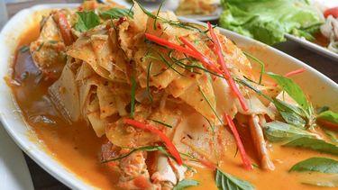 บางมะนาว ร้านอาหารทะเลสดใหม่ ใกล้เมือง ติดทะเล บรรยากาศสุดชิลล์ ในจันทบุรี