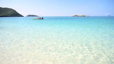 เที่ยวทะเลหน้าหนาว กับ 10 เกาะสวย น้ำใส หาดทรายขาว