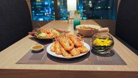 บุฟเฟ่ต์ กุ้งแม่น้ำ หลากหลายเมนูกุ้ง อร่อยไม่อั้น ที่ Novotel Bangkok Platinum (มีคลิป)