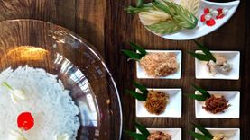อร่อยรับลมร้อนกับ ข้าวแช่ ชาววัง โดยเชฟปูริดา ธีระพงษ์  ที่ ร้านโอชาไทย