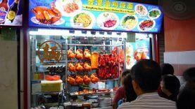 อร่อยซะอย่าง! สิงคโปร์ เปิดตัวร้านอาหารริมทาง ระดับดาวมิชลิน ร้านแรกของโลก ต่อคิวกันยาวๆ