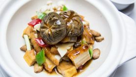 ลิ้มรสอาหารจีนต้นตำรับ ณ ห้องอาหารซัมเมอร์ พาเลซ โรงแรมอินเตอร์คอนติเนนตัล กรุงเทพฯ
