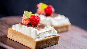 เค้กมะพร้าว สุดพิเศษจาก ช็อร์ต คัทส์ เดลี่ โรงแรมคราวน์ พลาซ่า กรุงเทพฯ