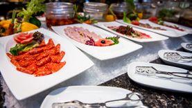 มา 4 จ่าย 3 อร่อยจัดหนักบุฟเฟ่ต์มื้อกลางวันและค่ำ ณ ห้องอาหารฟีสท์ โรงแรมรอยัล ออคิด เชอราตัน