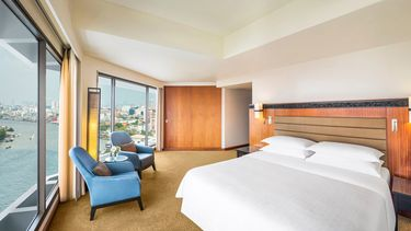 สัมผัสความหรูหราของห้องคลับและสวีทพร้อมรับส่วนลดพิเศษสุดแห่งปี ณ โรงแรมรอยัล ออคิด เชอราตัน