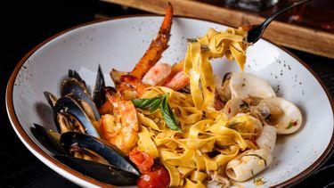 ลิ้มลองหลากหลายเมนูซีฟู้ดที่ เมดิชี่ คิทเช่น แอนด์ บาร์ หนึ่งในห้องอาหารอิตาเลี่ยนที่ดีที่สุด ในกรุงเทพฯ