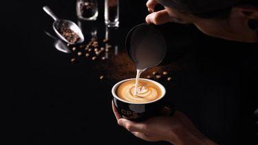 CPS Coffee คาเฟ่ใหม่สุดเท่ เอาใจแฟชั่นนิสต้าคอกาแฟ ที่ช็อป CPS CHAPS เซ็นทรัลเวิลด์