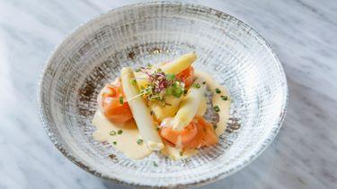 สัมผัสความอร่อยแห่งฤดูกาล กับเมนูหน่อไม้ฝรั่งขาว  ณ ห้องอาหารคาเฟ่ แคลร์ โรงแรมโอเรียนเต็ล เรสซิเดนซ์ กรุงเทพฯ