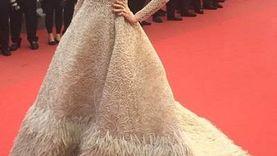 หน้าเต็ม ชุดเป๊ะ! ชมพู่ อารยา กับลุคสุดอลังบนพรมแดง Cannes Film Festival 2015