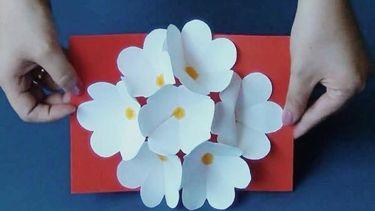 ชวน DIY การ์ดดอกไม้ 3 มิติ ที่วิธีทำสุดง่าย แต่คนได้ชื่นชอบ!