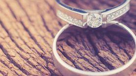 วิธีทำความสะอาดแหวนเพชร จะเก่าแค่ไหนก็สวยเงาเหมือนใหม่