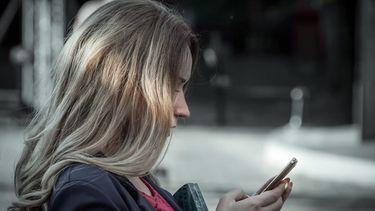 ส่งข้อความไม่ระวังอาจทำลายความสัมพันธ์...5 เทคนิค ส่งข้อความอย่างไรให้รักษาแฟนได้อย่างราบรื่น