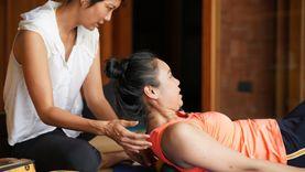 มารู้จัก! Deep Tissue Massage Yoga โยคะผสานการนวด เน้นคลายปวดดี!